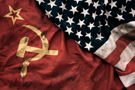 ussr flag and us flag